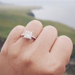 6 Things You Should Never Post When You Get EngagedPureWow.com